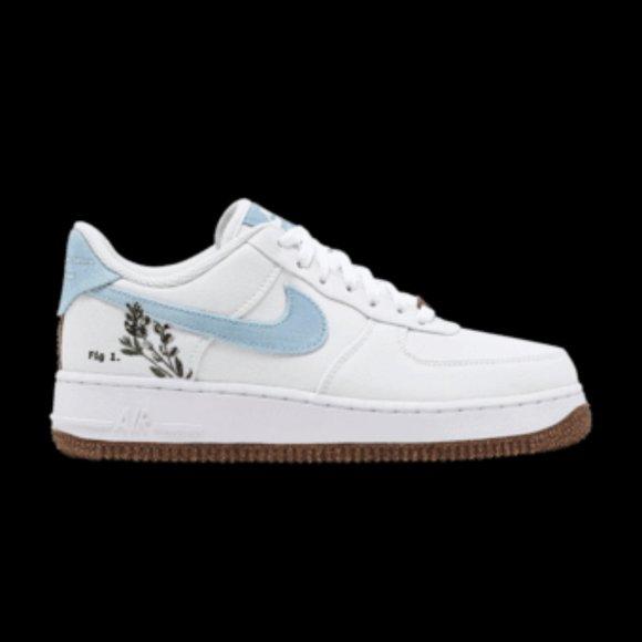 NWT Nike Air Force 1 Indigo Sneakers